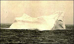 Iceberg Titanic Hit