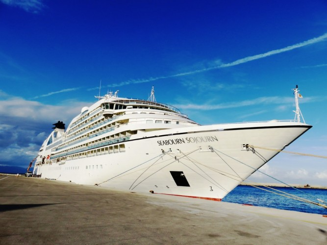 Seabourn and Windstar Cancel 2020 Sailings